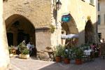 Lunch at the Fil de l'Eau restaurant in Uzes.